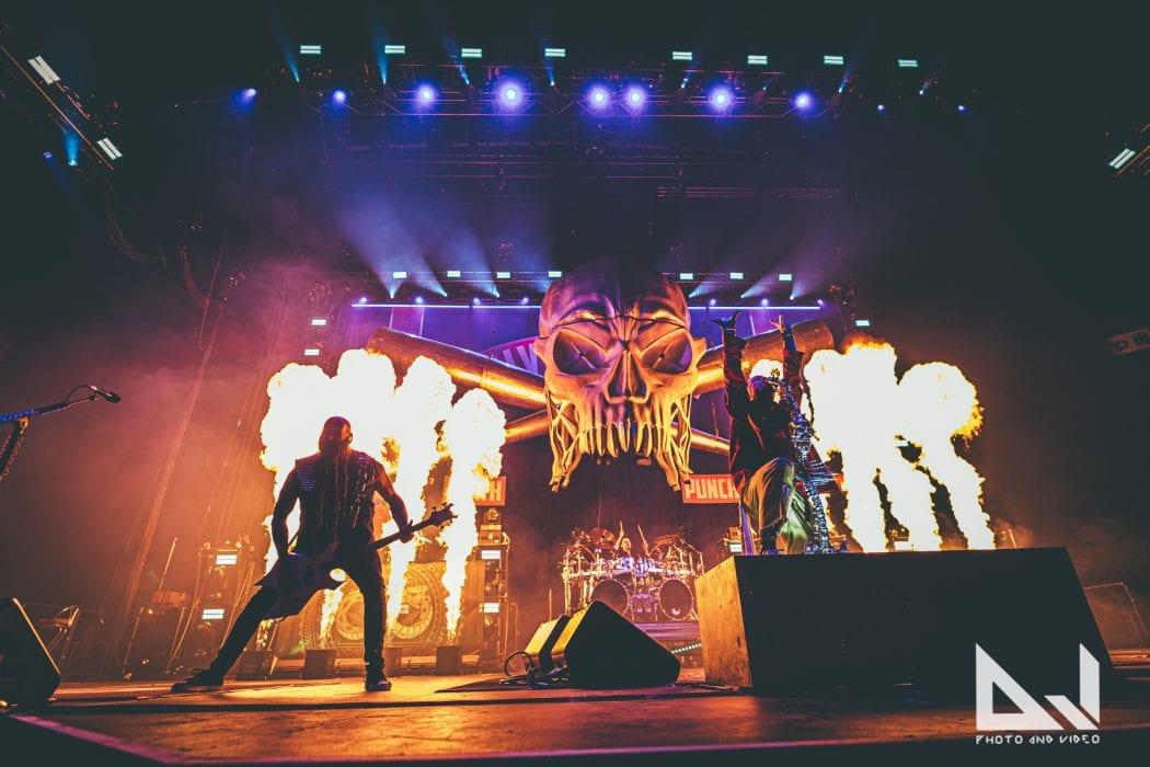 Five Finger Death Punch teki paluun keikkalavoille puolentoista vuoden tauon jälkeen: videoita sekä settilista katsottavissa keikalta