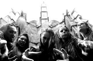 Ruotsalainen melodista death metallia esittävä Frantic Amber ja venäläinen nu metal -yhtye Ravdina saapuvat huhtikuussa FHMF Clubille Turun Saaristobaariin