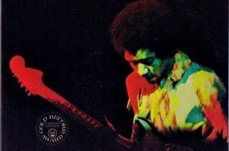 """""""Suurien paineiden alla luotu tehokas live"""" – Klassikkoarvostelussa Jimi Hendrixin 50-vuotias """"Band Of Gypsys"""""""