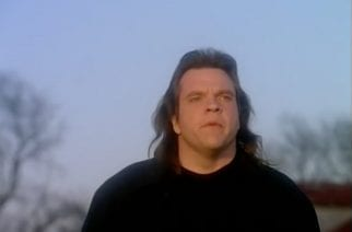 Kuvakaappaus: Meat Loaf -Objects in the Rear View Mirror May Appear Closer Than They Are -musiikkivideo