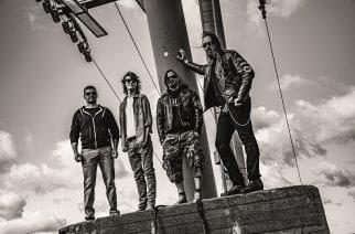 Raskasta grungea soittavan Revenginen riveissä miehistömuutoksia