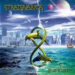 """Yksi kuolemattomuutta lähentelevä hitti, eeppisyyttä ja keskinkertaisuutta – synttäriarviossa 20 vuotta täyttävä Stratovariuksen """"Infinite"""""""