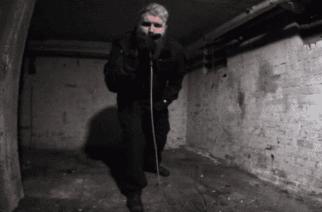 Ja käsi kädessä kuljemme taloon autioon: suomalaismuusikot tekivät Dingon jättihitistä metalliversion