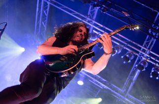 Testament-kitaristi otti suositun pop-hitin käsittelyynsä