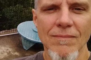 """Metallican entinen basisti Ron McGovney ei kadu lähtöään yhtyeestä: """"Sain säilyttää yksityisyyteni sekä vapauteni"""""""