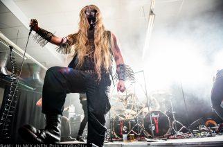 Mustaa surmaa koronan keskellä – Malumin livetallenne Turku Saatanalle VIII -festivaaleilta kuunneltavissa