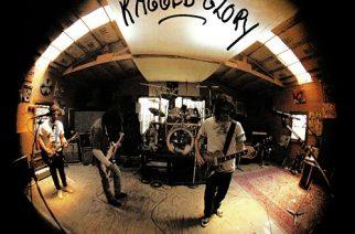 """Garage rockin pelastajat ja grungen isäpapat"" – Klassikkoarvostelussa Neil Young & Crazy Horsen 30-vuotias ""Ragged Glory"""