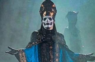 Tässä on Papa Emeritus IV: Ghost esitteli Tobias Forgen uuden hahmon konsertissaan