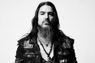Machine Headin Robb Flynn esitti akustisesti materiaalia mm. Slipknotilta, Pearl Jamilta ja System Of A Downilta: video katsottavissa