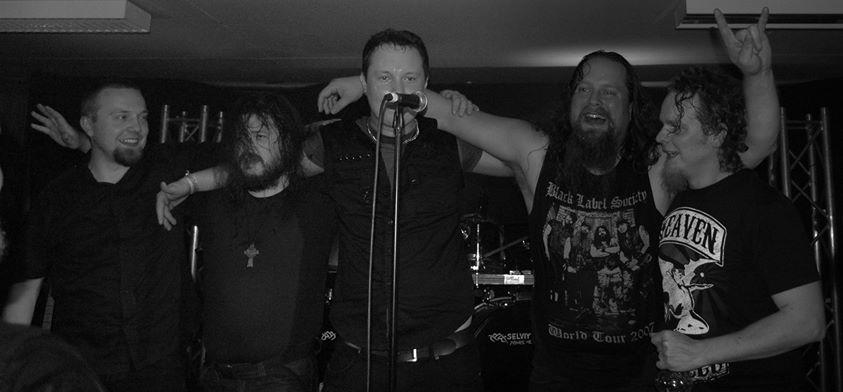 Stone Mammoth julkaisi kauan odotetun debyyttialbuminsa