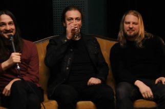 """""""Sen musiikin on tarkoitus ahdistaa ihmisiä"""" – KaaosTV:n haastattelussa psykedeelisen black metallin menestys Oranssi Pazuzu"""