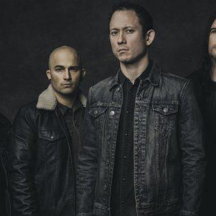 """Triviumin Matt Heafy: """"Avenged Sevenfoldin M. Shadows pelasti lauluääneni"""""""