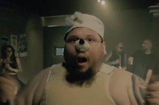 """Turmion Kätilöt julkaisi trailerin tulevasta """"Naitu""""-musiikkivideostaan: """"Kohta naidaan niin, että kynäniskojakin hirvittää"""""""