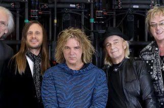 YES-kitaristi Steve Howelta rakkautta ylistävä sooloalbumi kesäkuussa