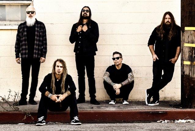 """Lamb Of God juhlii """"Sacrament""""- albuminsa 15-vuotispäiviä erikoisjulkaisulla"""