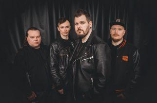 Viisi biisiä piristämään korona-arkea: Jari Väyliö (Oliver)