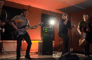 Katso seinäjokelaisen Rage Against The Machine -tribuuttiyhtyeen Against them Allin keikka studion uumenista