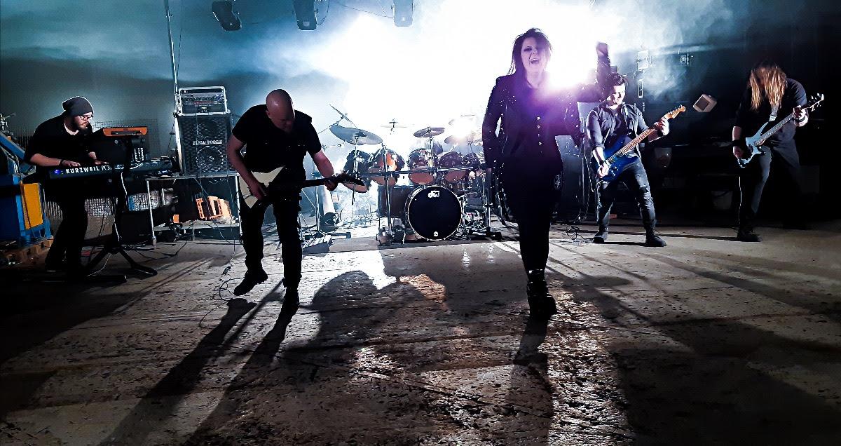 Velvet Oceanin uusi single tarjoilee kaaosta, flamencoa ja metallia