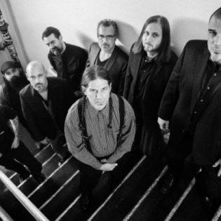 """Panterasta ja Downista tunnetun Phil Anselmon En Minor -projektilta debyyttialbumi syyskuussa: ensimmäinen kappale """"Blue"""" kuunneltavissa"""