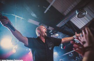 Valoisia uutisia viihdebisneksestä: bändien fanituotteita ympäri maailman myyvä Backstage Rock Shop tahkoaa vahvaa tulosta