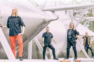 """Dynamon uusi single """"Sade"""" kumartaa Eppu Normaalille ja Tehosekoittimelle tyylillä"""