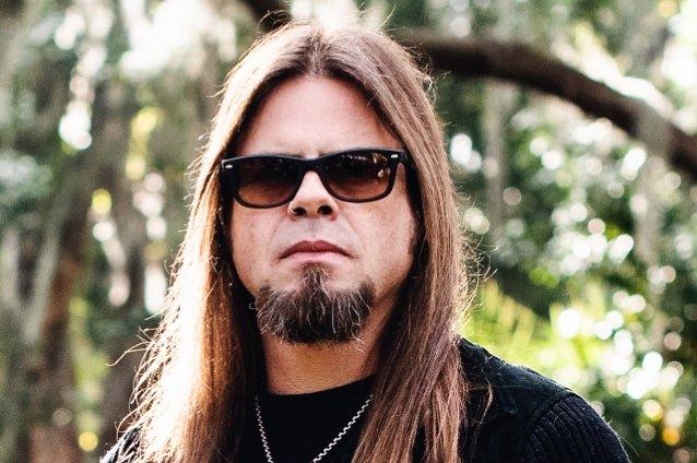 Queensrÿche-solisti Todd La Torrelta soolodebyytti helmikuussa