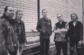 """Kaaoszinen ensinäytössä tamperelaisen grungea ja alternativea rockissaan sekoittelevan Sweet Bloomin uusi video """"Morning Star"""""""