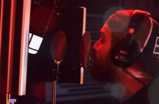 """Asking Alexandria -laulaja Gnarls Barkleyn jättihitin kimpussa: kuuntele tulkinta """"Crazy""""-kappaleesta"""