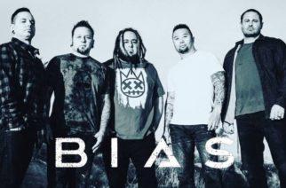 """Kornin entisen rumpalin David Silverian kipparoimalta Breaking In A Sequencelta uusi kappale """"Delusional"""" kuunneltavissa"""