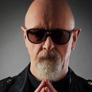 """Judas Priestin Rob Halford vertaa bändin seuraavan albumin kappaleita yhtyeen ikoniseen """"Painkiller""""-albumiin"""