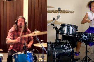 10-vuotias lahjakkuus Nandi Bushell haastoi Foo Fightersin Dave Grohlin rumputaisteluun: mies hyväksyi