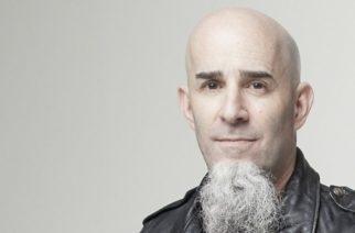 """Anthraxin Scott Ian lyttää taustanauhoihin nojaavat rockyhtyeet: """"Keikkalipussa pitäisi lukea, että 70 % keikasta tulee nauhalta"""""""