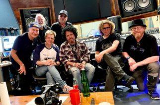 Toto-kitaristi Steve Lukather saanut valmiiksi tulevan sooloalbuminsa nauhoitukset