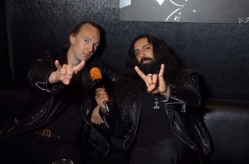 """KaaosTV tapasi uuden metallimusiikin superkokoonpanon Trve Cvlt Clvbin: """"Pyrimme rikkomaan tällä bändillä rajoja ja ajattelemaan laatikon ulkopuolelta"""""""