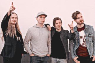 """Airi's julkaisi yllätys-EP:n – kuuntele kesäyönä rumpalin mökillä äänitetty """"Summer Sessions"""""""