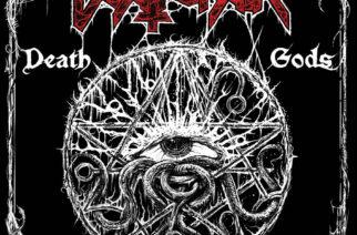 """Raivokas kuolonmetallipurkaus potkii edelleen lujaa – synttäriarviossa Deathchainin 10-vuotias """"Death Gods"""""""