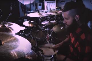 """Rumpalointia tiistaihin: Fleshgod Apocalypsen rumpali julkaisi playthrough-videon kappaleesta """"Cold As Perfection"""""""