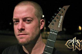 """Entinen CKY- ja nykyinen 96 Bitter Beings -laulaja-kitaristi Deron Miller vieraili KaaosTV:n Instagram livessä: """"Toivon, että nuoriso löytäisi rockin ja metallimusiikin uudestaan"""""""