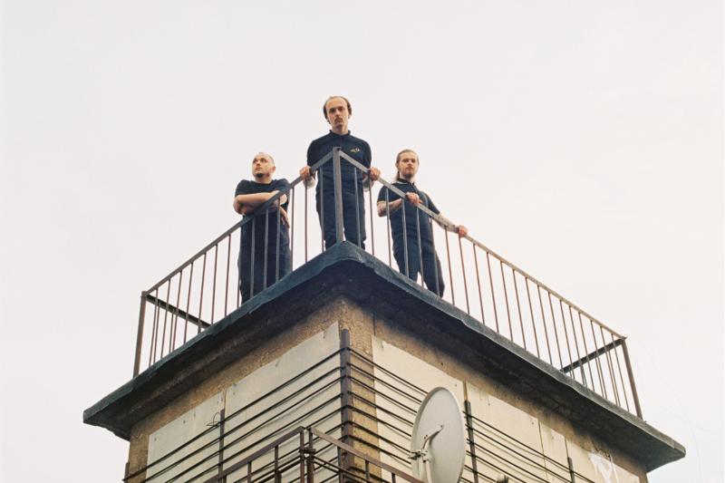New wave -trio Molchat Doma syksyllä Helsinkiin