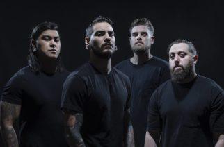 """Deathcore-yhtye Within The Ruinsin uusi albumi """"Black Heart"""" ulkona: video """"Devil In Me"""" -kappaleesta katsottavissa"""