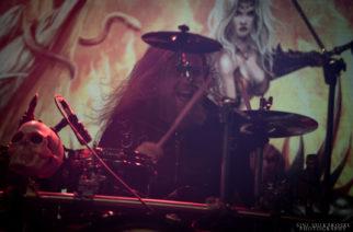 Beast In Black -rumpali julkaisi komeita esiintymisvideoita kesän Rock In The City -vedoista