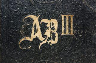 """Stadion rockin mitat ja elämää reflektoivat sanoitukset – juhla-arvostelussa Alter Bridgen """"AB III"""""""