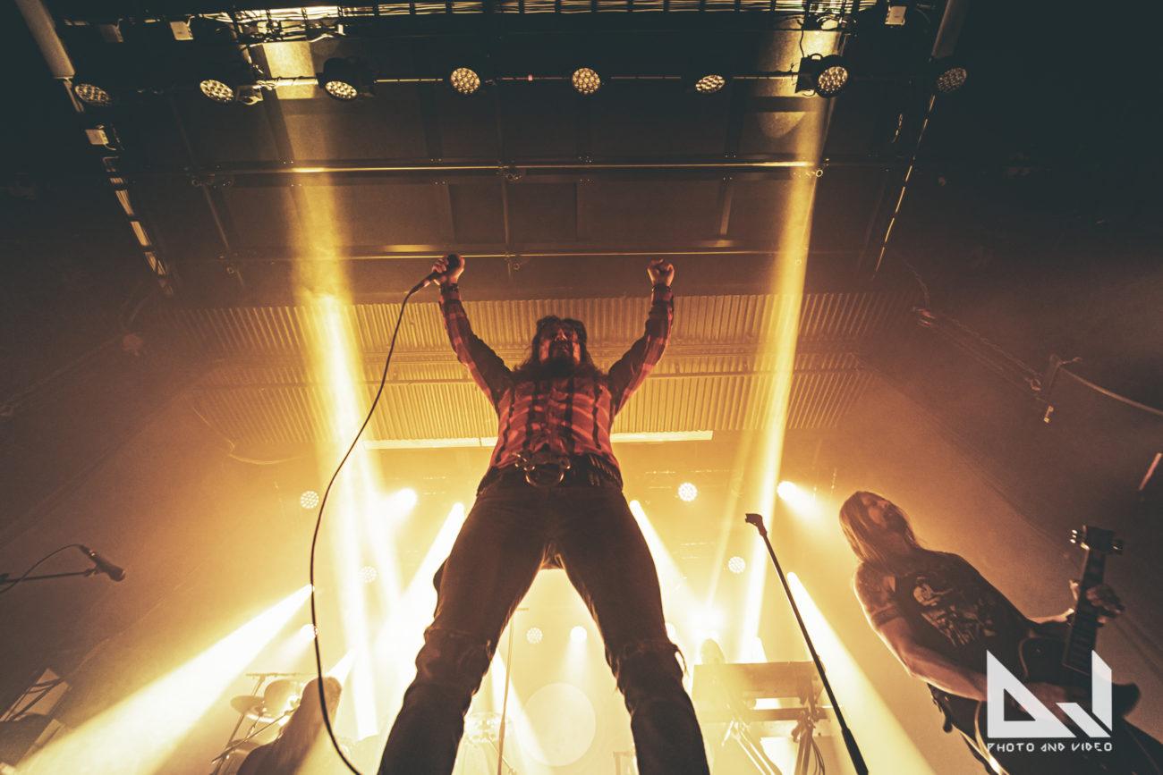 """Amorphis julkaisi lyriikkavideon """"Queen of Time"""" -albumin digipackista löytyvästä """"Brother and Sister"""" -kappaleesta"""