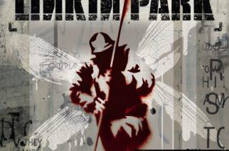 """Albumi, joka sai aikoinaan monien päät pyörälle – juhla-arviossa Linkin Parkin debyyttialbumi """"Hybrid Theory"""""""