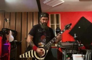 """Machine Headin Robb Flynnilta upea tribuutti menehtyneelle Eddie Van Halenille: katso miehen tulkinta """"Eruption"""" -kappaleesta"""