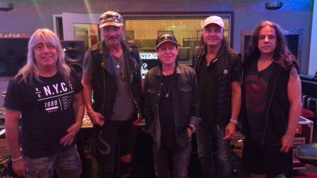 Scorpions saamassa valmiiksi tulevan albuminsa nauhoitukset: joutui vaihtamaan levyn tuottajaa