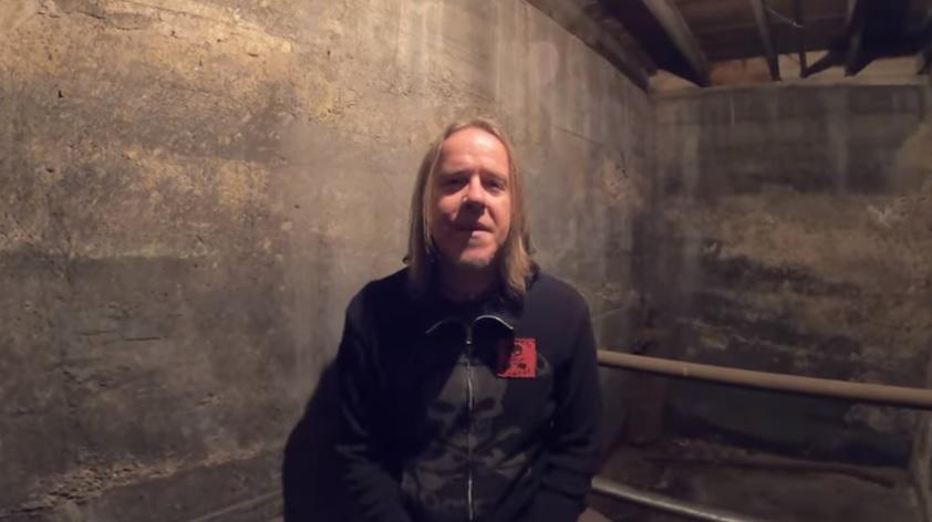 """Fear Factorysta lähteneen Burton C. Bellin toinen yhtye Ascension of The Watchers julkaisi dokumentin bändin viimeisimmän """"Apocrypha""""-albumin teosta"""