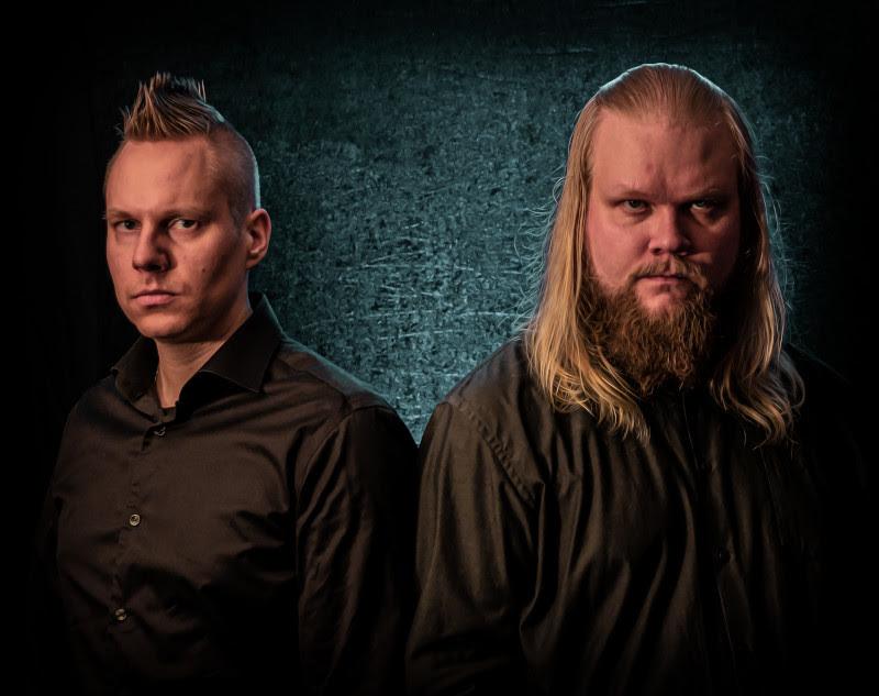 Caiania suomalaisten stereotypioiden kimpussa ensisinglellään – biisistä tehty lyhytelokuva katsottavissa