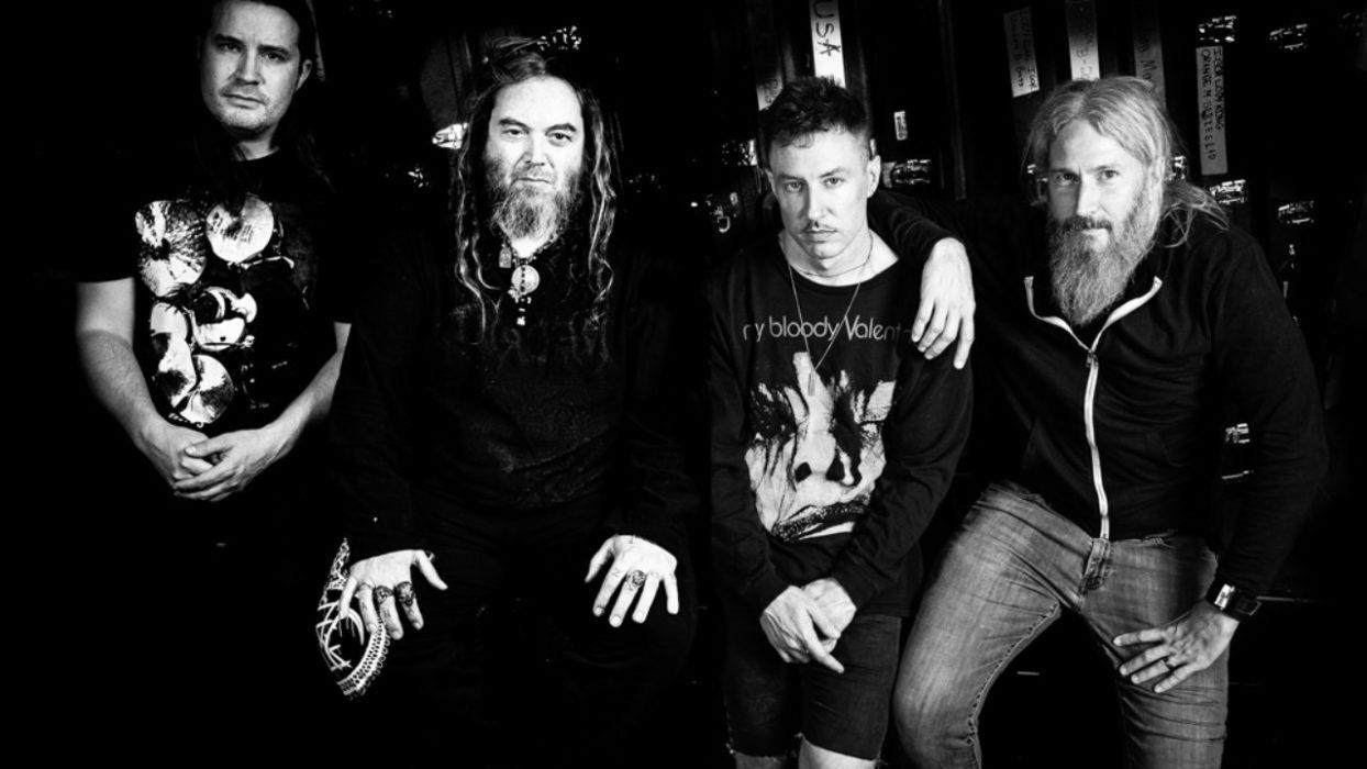 """Superyhtye Killer Be Killed julkaisi uuden albumin """"Reluctant Hero"""""""