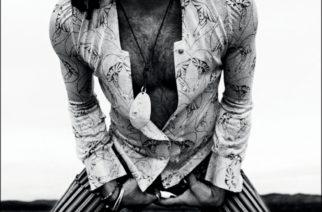 Lenny Kravitz paljastaa juurensa, lapsuutensa ja nuoruutensa Let Love Rule -kirjassaan